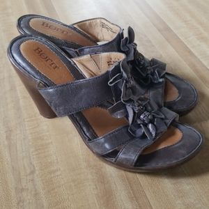 Born Lavender/Grey Sandals 8